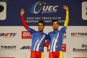 Torres-Mora podium